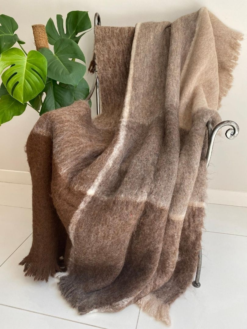 Natural Alpaca Brushed Throw - Arctic Brown