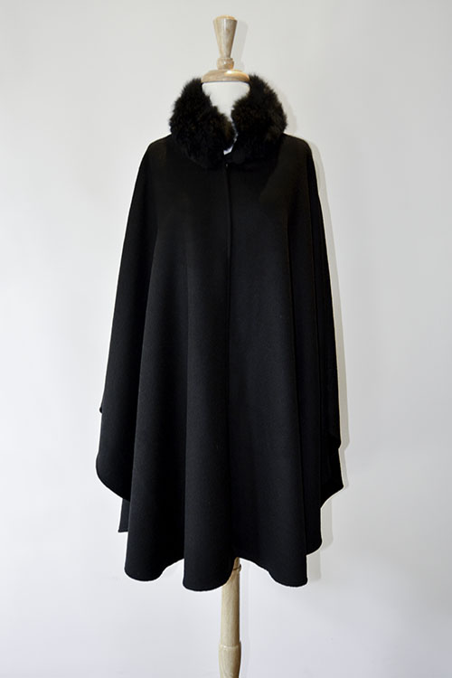 Cape with Fur Collar - Black