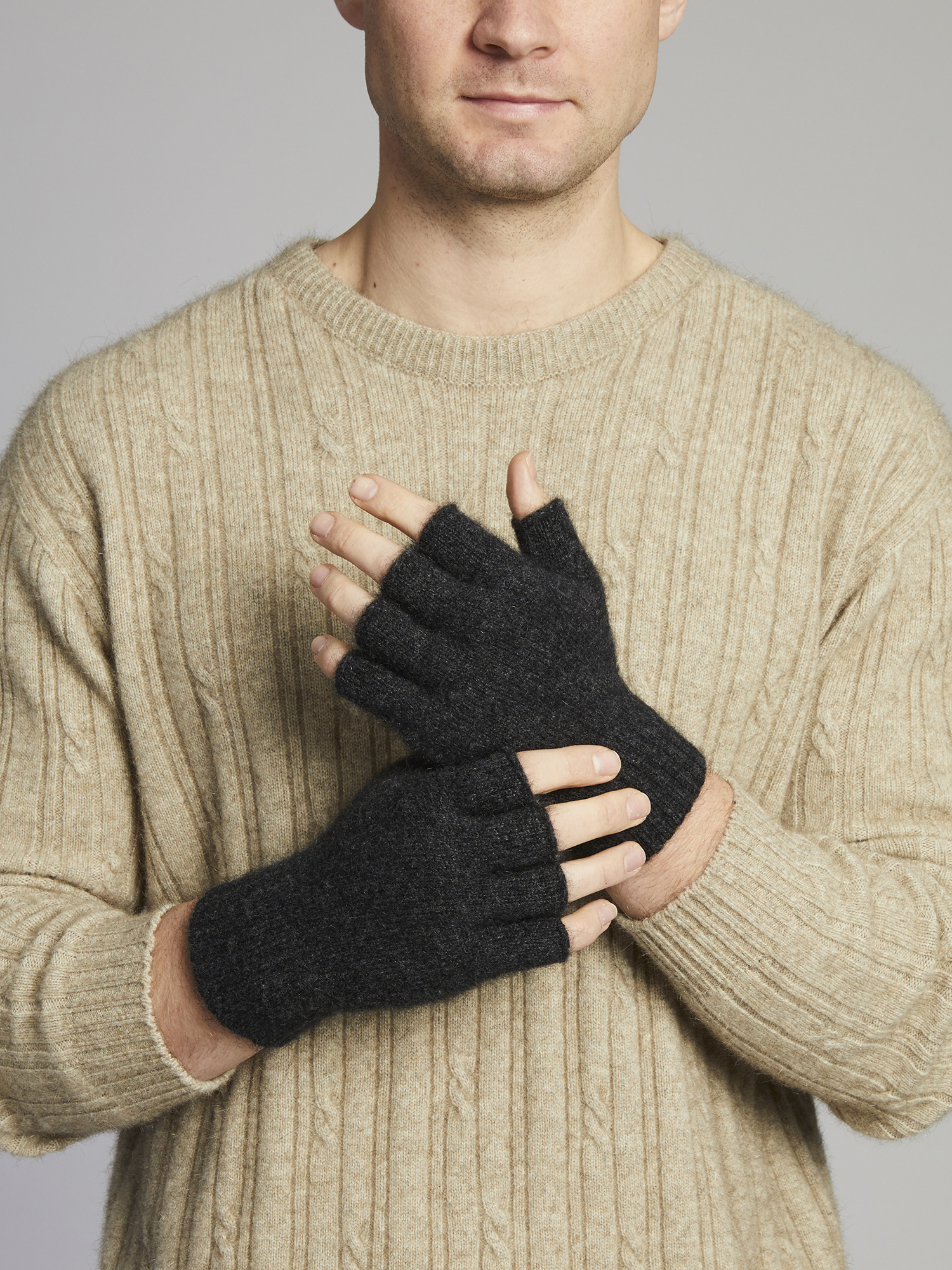 Merino / Possum Fingerless Glove - Charcoal