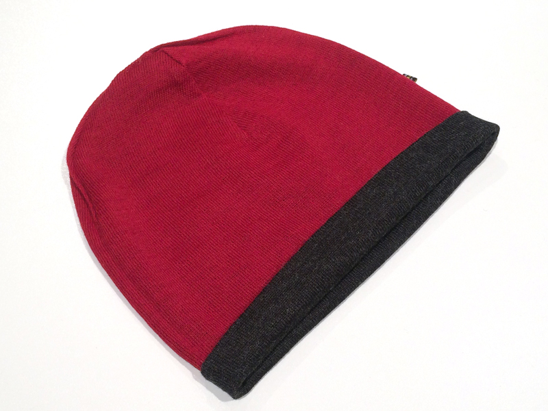 Reversible Jersey Knit Beanie - Charcoal/Cherry